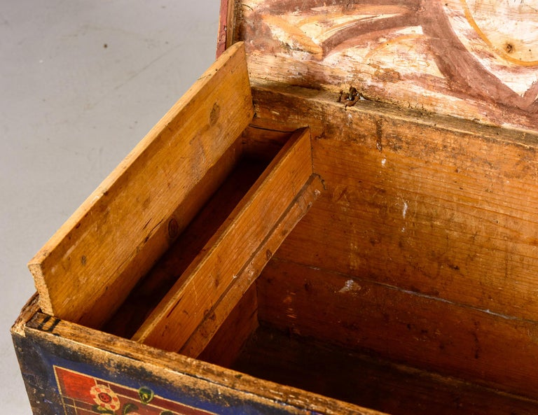 Mid 19th Century Hand Painted Romanian Painted Trunk For Sale 1