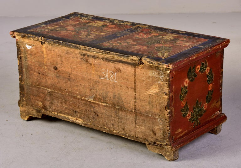 Mid 19th Century Hand Painted Romanian Painted Trunk For Sale 3