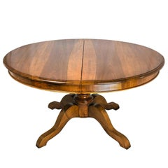 Mid-19th Century Italian Dining Room Table Extendable Oval Walnut Table