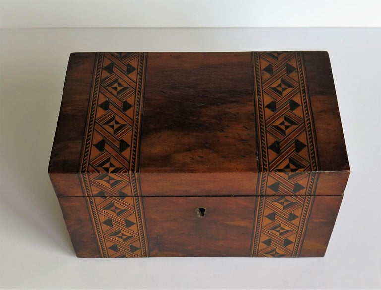 Hand-Crafted Mid-19th Century Lidded Box Walnut with Parquetry Mosaic Inlay, Mid Victorian For Sale
