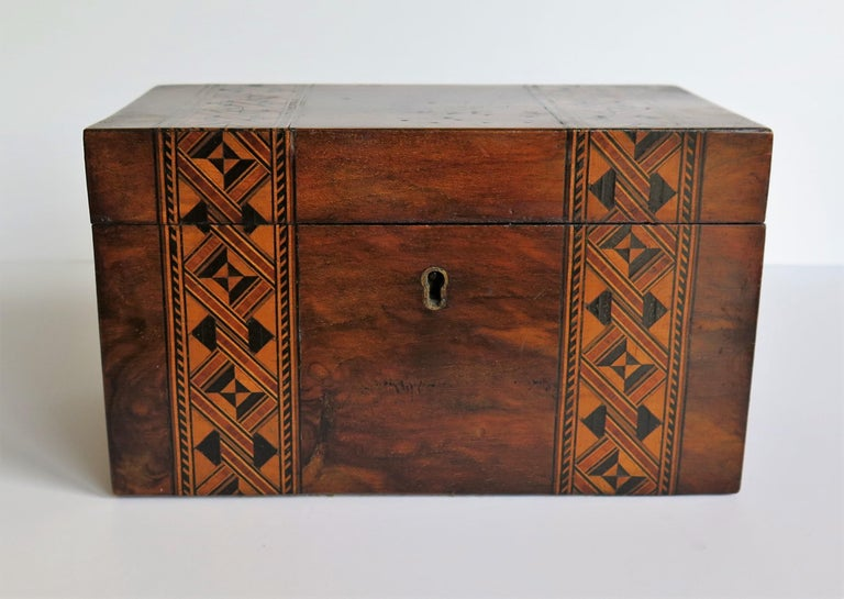 Mid-19th Century Lidded Box Walnut with Parquetry Mosaic Inlay, Mid Victorian For Sale 3