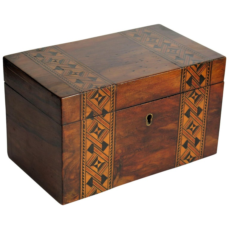 Mid-19th Century Lidded Box Walnut with Parquetry Mosaic Inlay, Mid Victorian For Sale