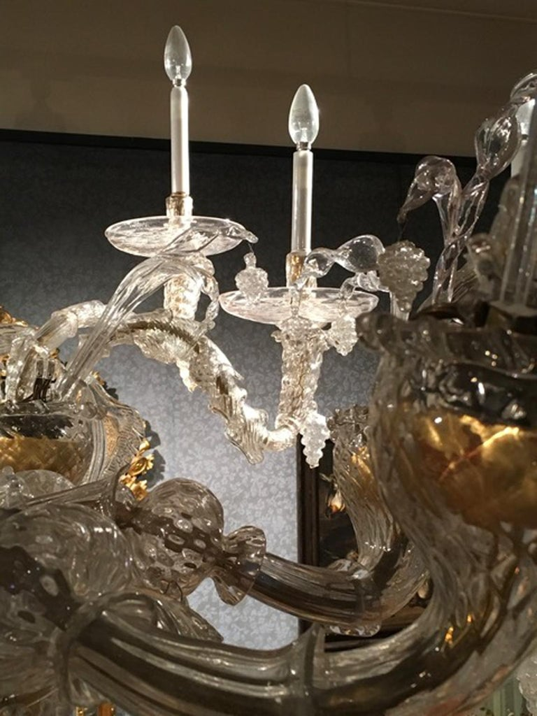Mid-19th Century Murano Venice Chandelier Blown Clear and Gold Glass 12 Lights For Sale 4