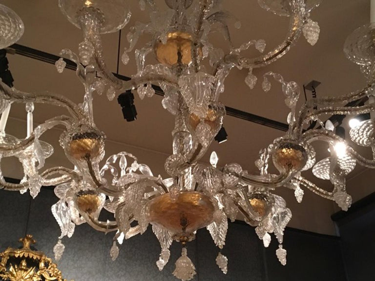 Baroque Mid-19th Century Murano Venice Chandelier Blown Clear and Gold Glass 12 Lights For Sale
