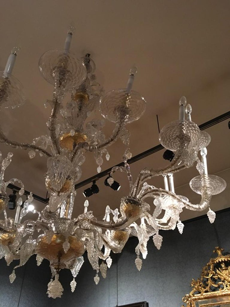 Mid-19th Century Murano Venice Chandelier Blown Clear and Gold Glass 12 Lights In Good Condition For Sale In Brescia, IT