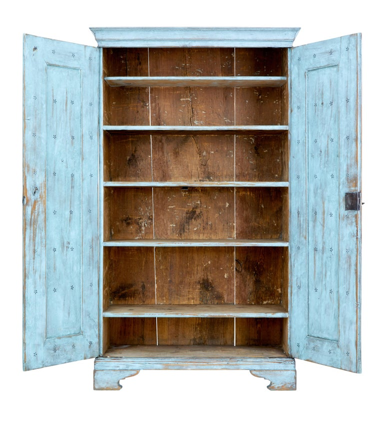 Gustavian Mid-19th Century Painted Swedish Pine Tall Cupboard For Sale
