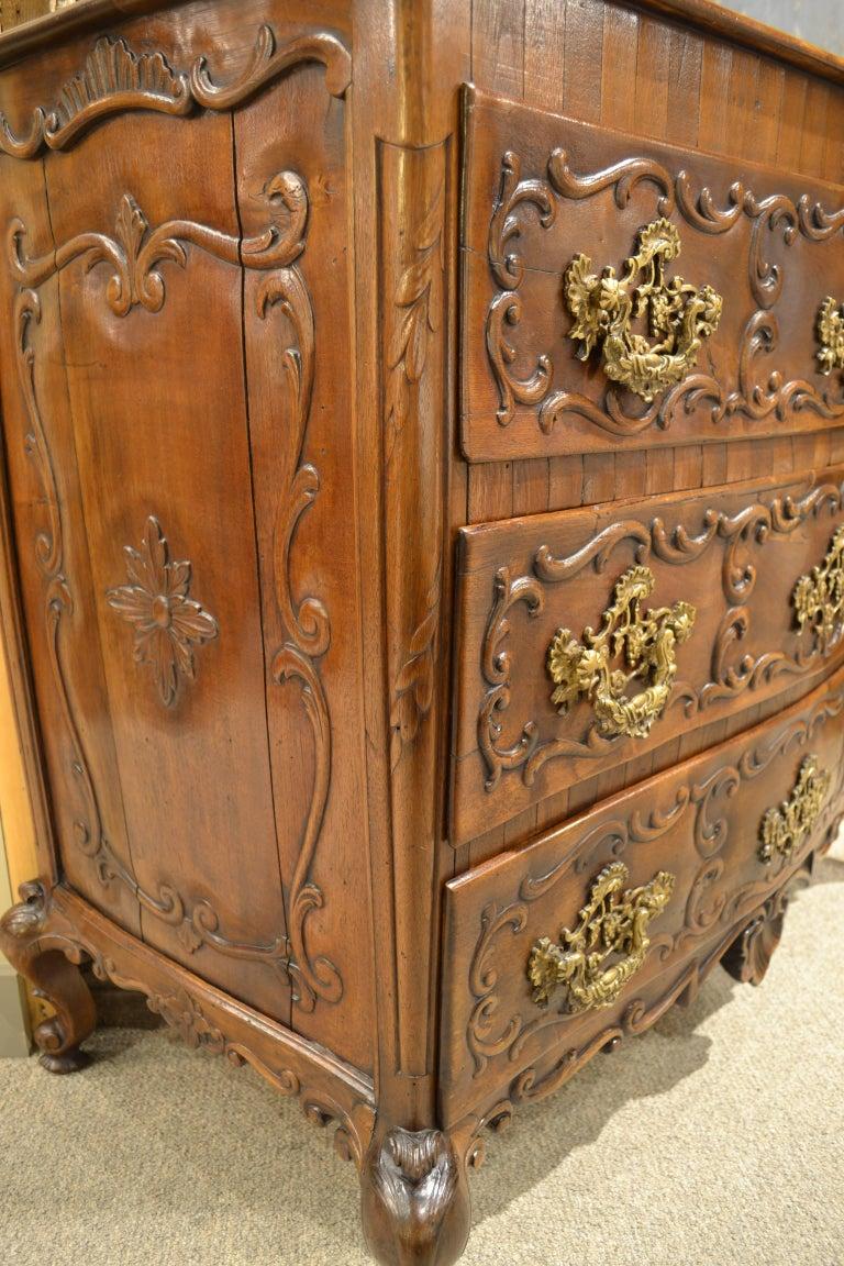 Rococo Mid-19th Century Portuguese Commode For Sale
