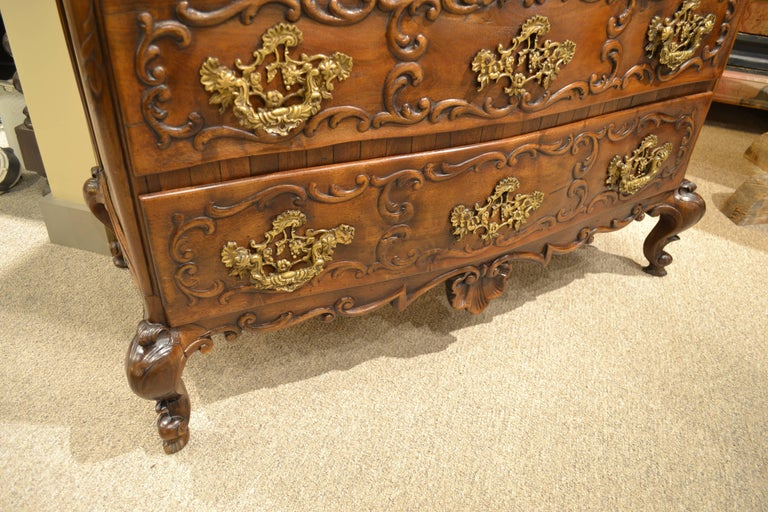 Mid-19th Century Portuguese Commode In Good Condition For Sale In Chicago, IL