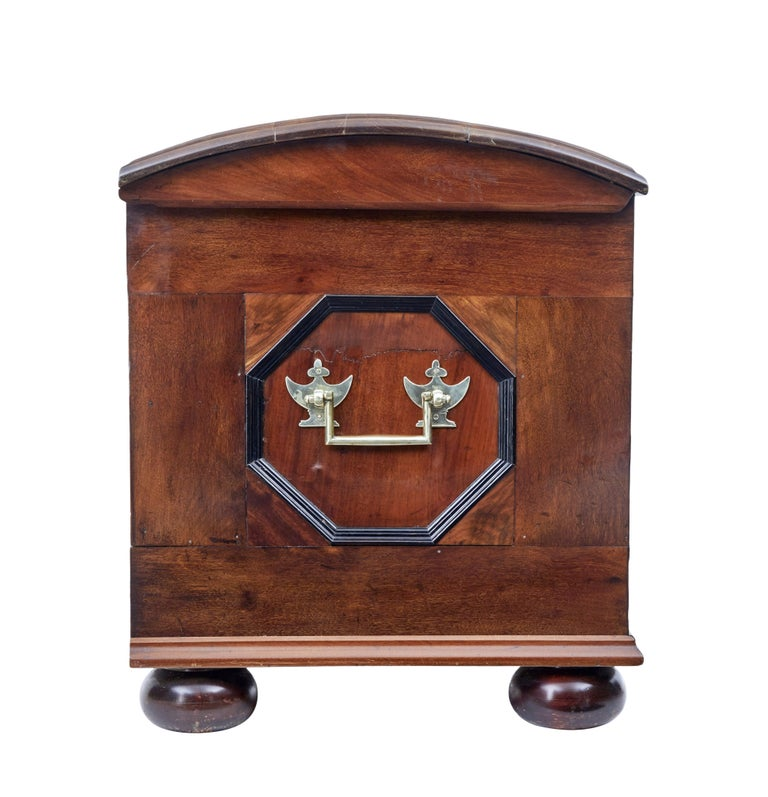 Mid-19th Century Profusely Inlaid Continental Walnut Dome Chest 3