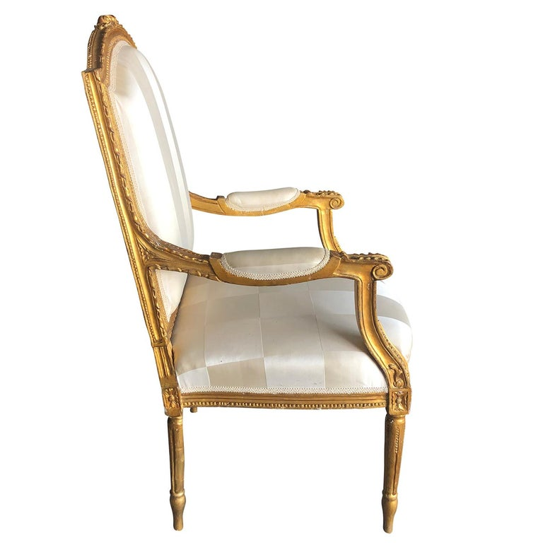 Mid-19th Century Set of Four Napoleon III French Armchairs For Sale 3