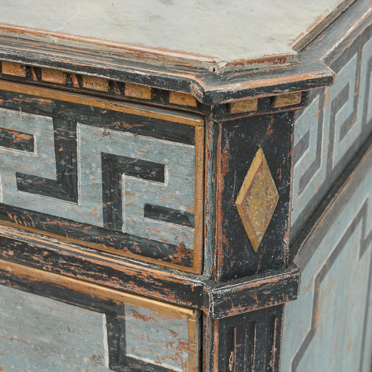 Mid-19th Century Swedish Chest of drawers Gustavian Style Painted in Blue Shades 7