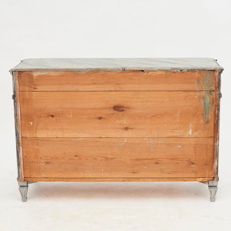 Pine Mid-19th Century Swedish Chest of drawers Gustavian Style Painted in Blue Shades