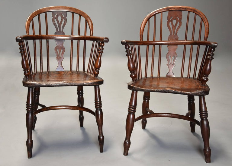 Mid-19th Century Well Matched Set of Six Yew Wood Low Back Windsor Armchairs For Sale 1
