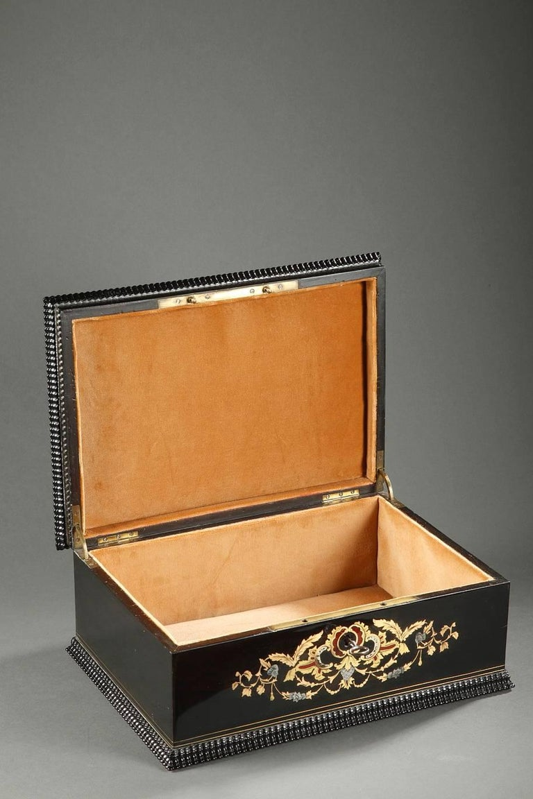 Mid-19th Century Wooden Coffer Inlaid with Mother-of-Pearl For Sale 4