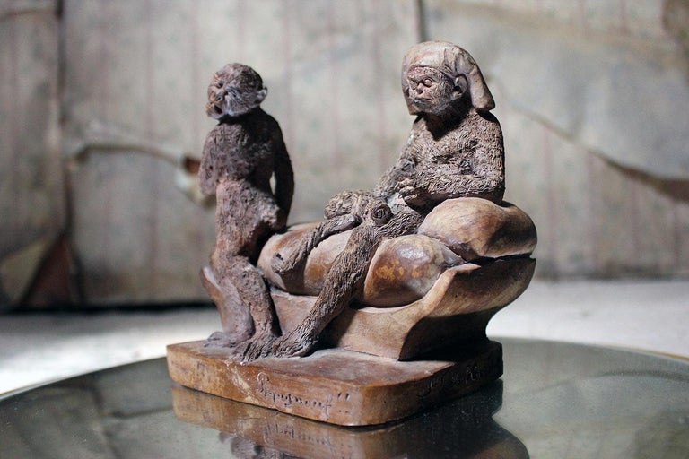 Mid-19th Century French Terracotta Comical Animalier Group of Two Monkeys For Sale 5