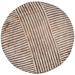 Mid-20th Century Carved Wooden Zulu Ceremonial War Shield, circa 1950-1970