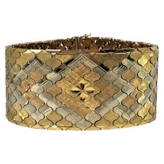 Mid-20th Century Flexible Tri-Color Gold Bracelet