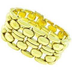 Mid-20th Century 18 Karat Yellow Gold Bracelet