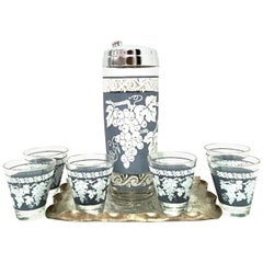 Mid-20th Century American Blown Glass and Platinum Drinks Set of 8