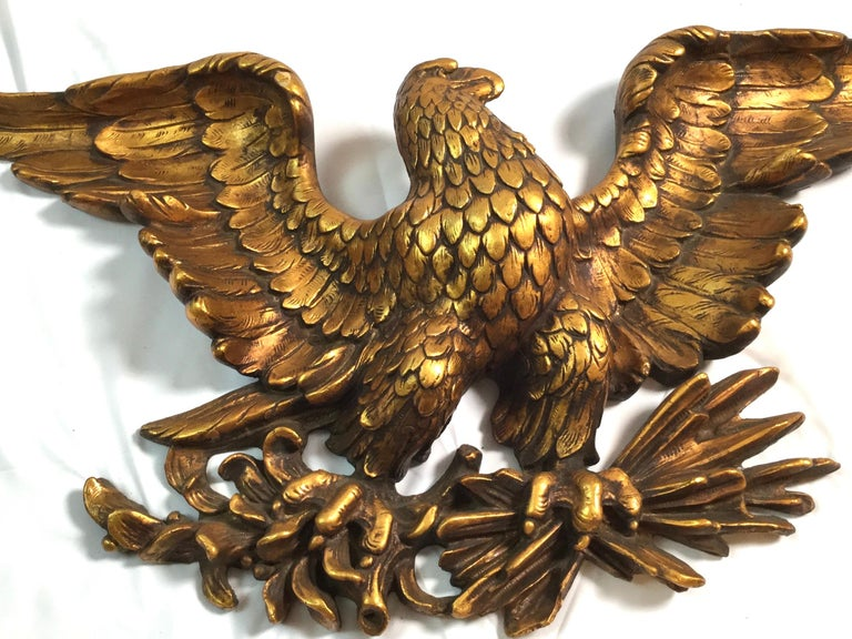 Mid-20th Century American Eagle Wall Plaque In Good Condition In Lambertville, NJ