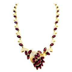 Mid-20th Century Art Nouveau Gold & Austrian Crystal Choker Link Necklace