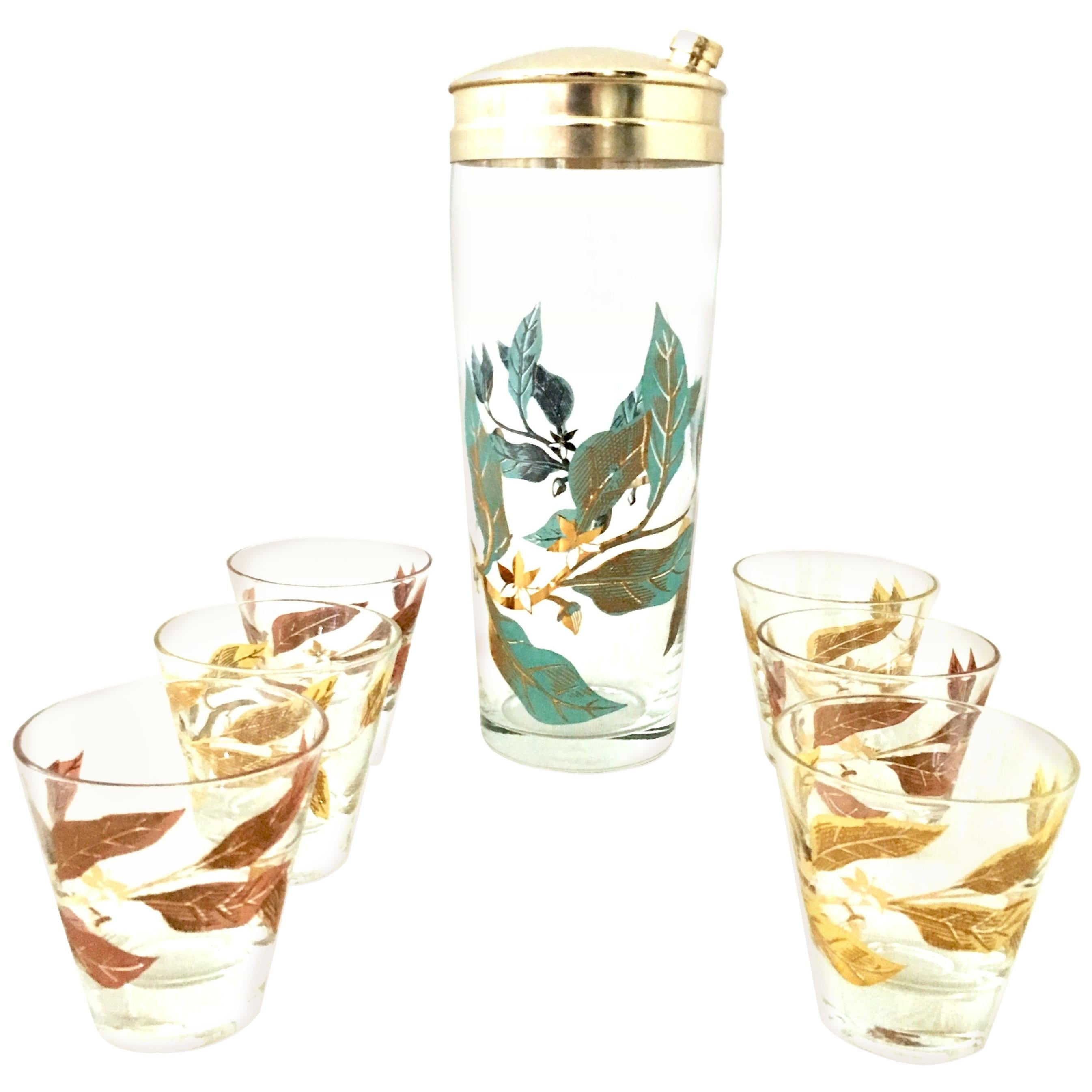 Mid-20th Century Blown Glass & 22-Karat Gold Printed Drinks Set of Seven Pieces