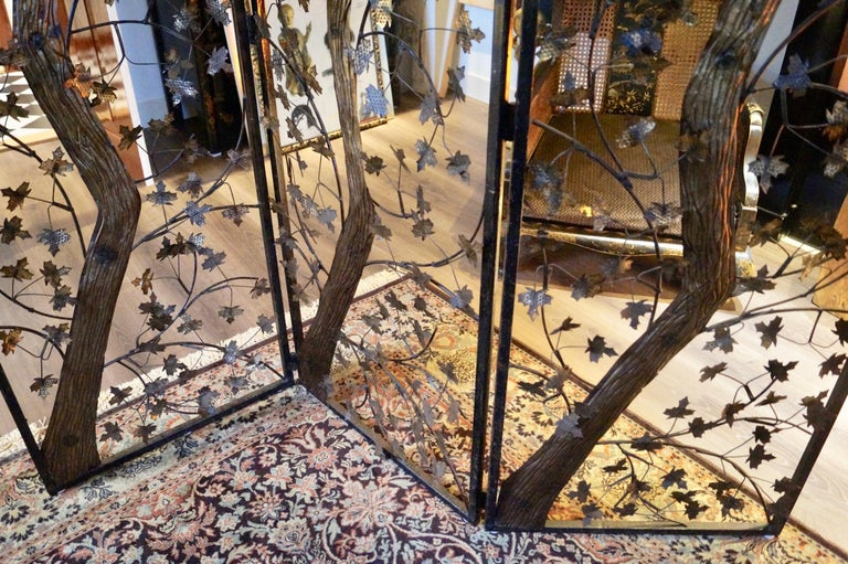 Mid-20th Century Brutalist Metal and Brass Leaves Screen, England For Sale 1