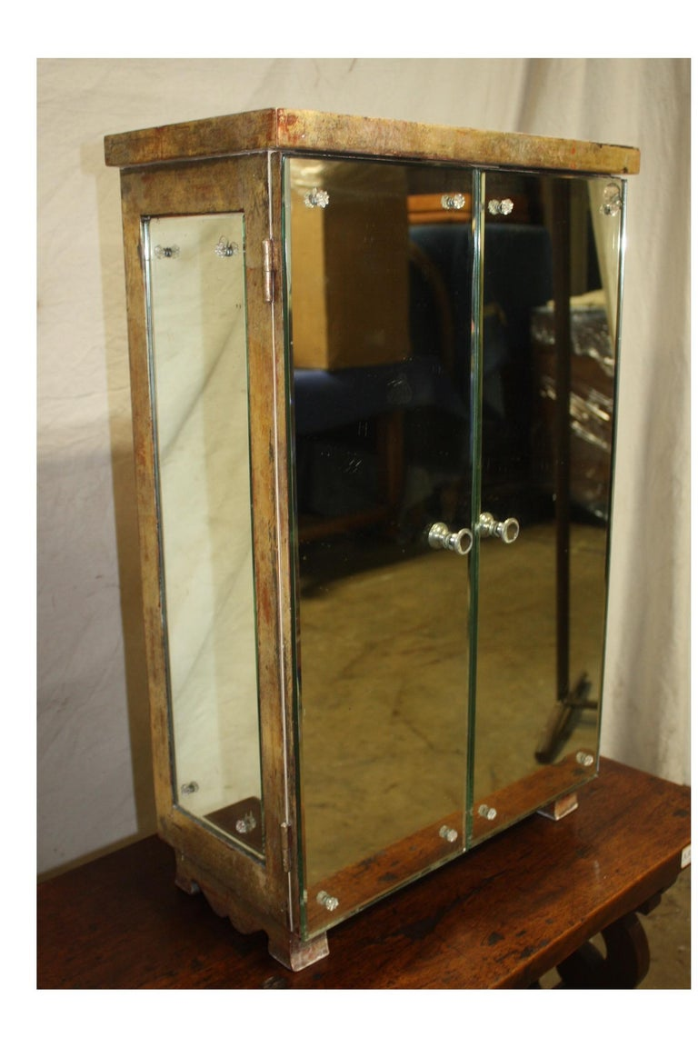 Mid-20th Century Cabinet For Sale 6