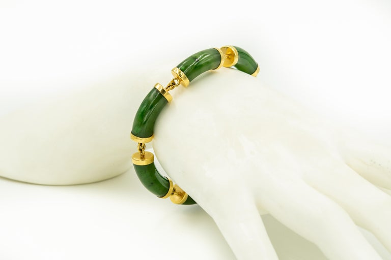 Mid-20th Century Chinese Nephrite Jade Bamboo Bar Link Yellow Gold Bracelet For Sale 1