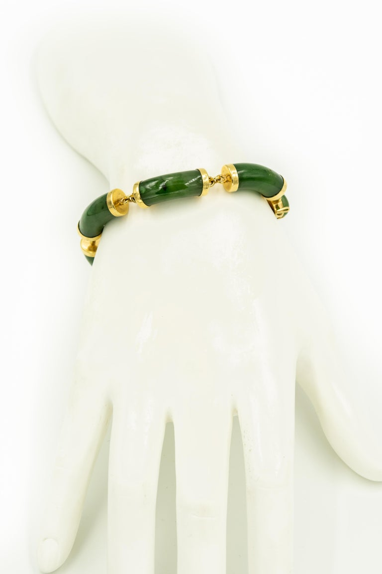 Mid-20th Century Chinese Nephrite Jade Bamboo Bar Link Yellow Gold Bracelet For Sale 2