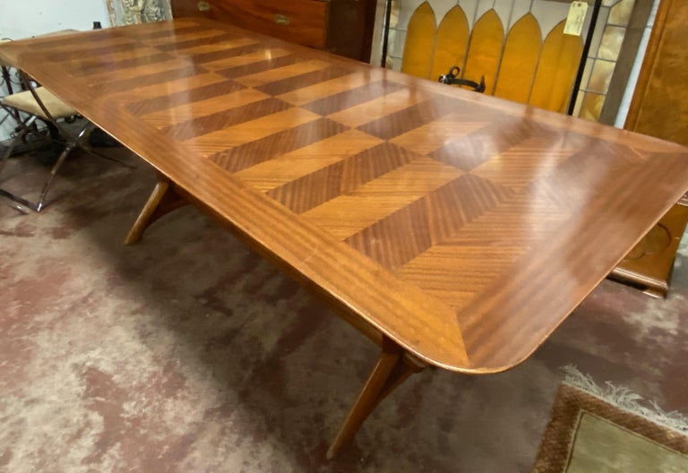 American Gordon Russell Cross Banded Mahogany Trestle Base Dining Table, circa 1950s For Sale