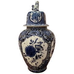 Mid-20th Century Dutch Blue and White Floral Royal Delft Ginger Jar with Lid