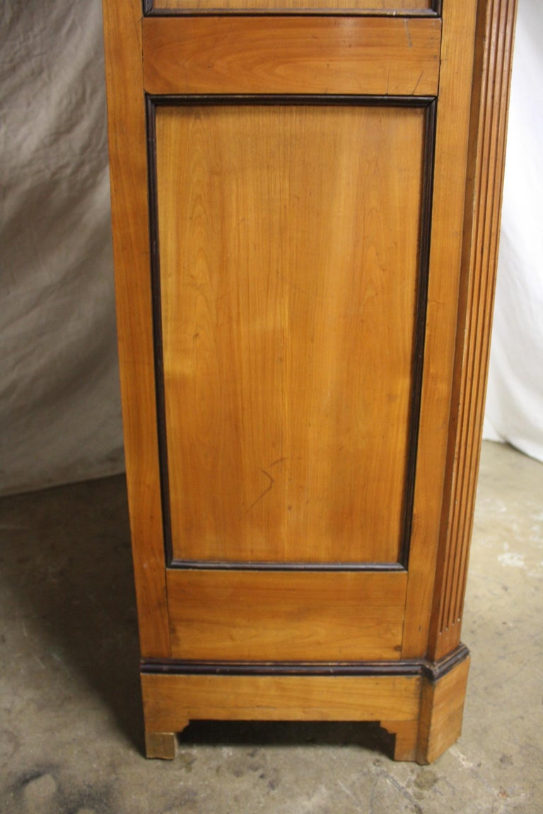 Mid-20th Century French Armoire For Sale 8