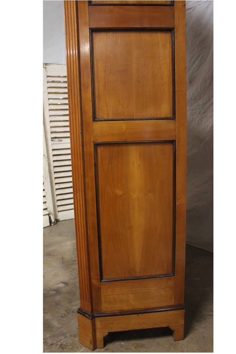 Mid-20th Century French Armoire For Sale 4