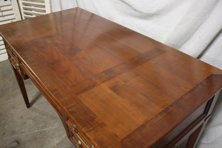 Mid 20th Century French Desk For Sale 2