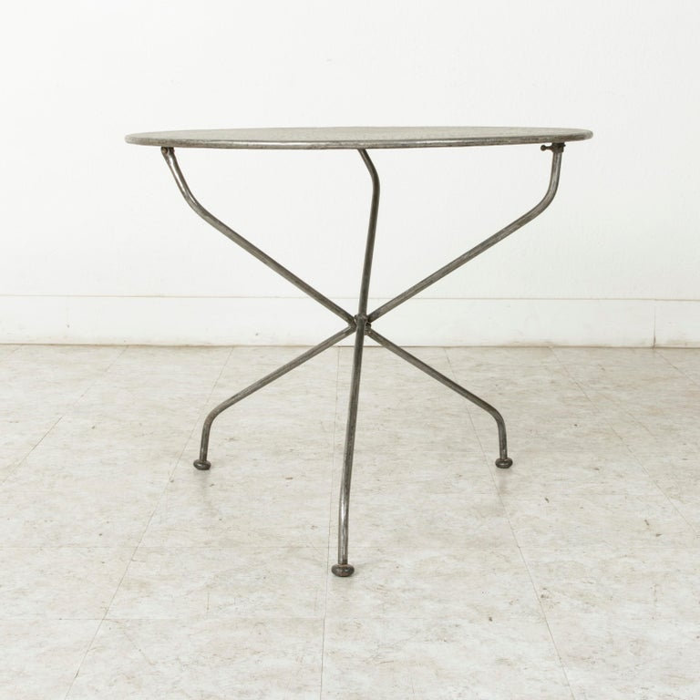 Mid-20th Century French Folding Pierced Metal Outdoor Garden Table, Cafe Table For Sale 3