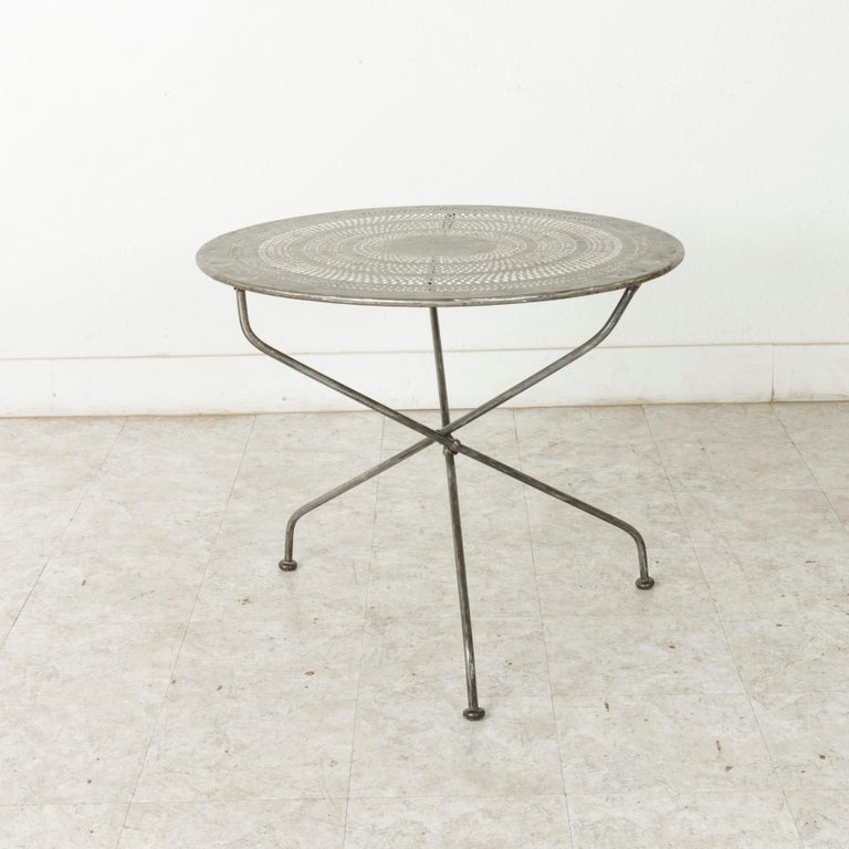 Mid-20th Century French Folding Pierced Metal Outdoor Garden Table, Cafe Table For Sale 5