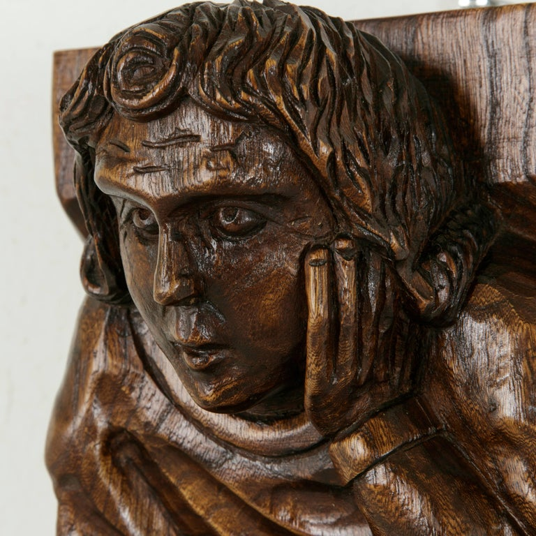 Mid-20th Century French Hand-Carved Elm Wall Sconce or Bracket with Medieval Man For Sale 5