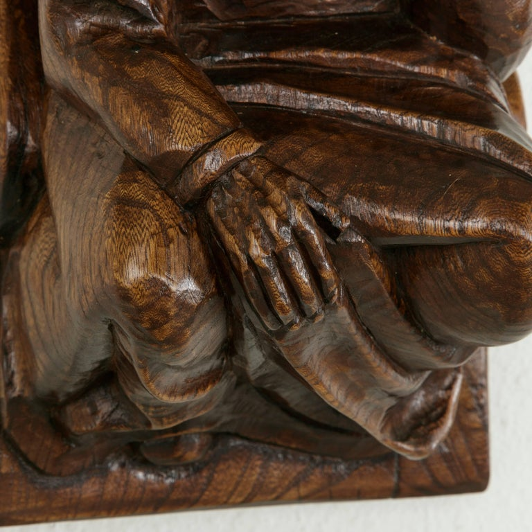 Mid-20th Century French Hand-Carved Elm Wall Sconce or Bracket with Medieval Man For Sale 6