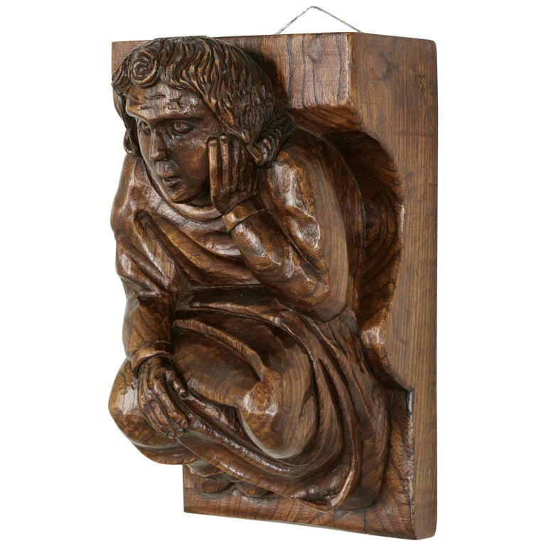 Mid-20th Century French Hand-Carved Elm Wall Sconce or Bracket with Medieval Man For Sale
