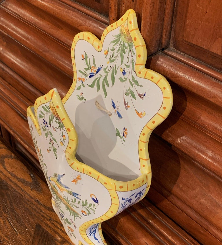 Mid-20th Century French Hand Painted Faience Wall Letter Holder In Excellent Condition For Sale In Dallas, TX