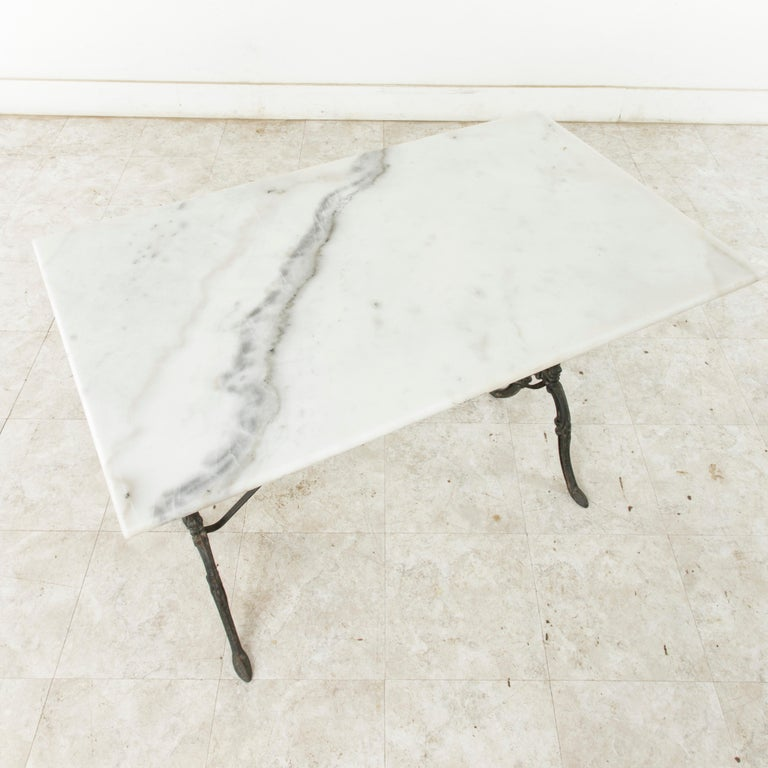 Mid-20th Century French Iron Bistro Table with White Marble Top For Sale 4