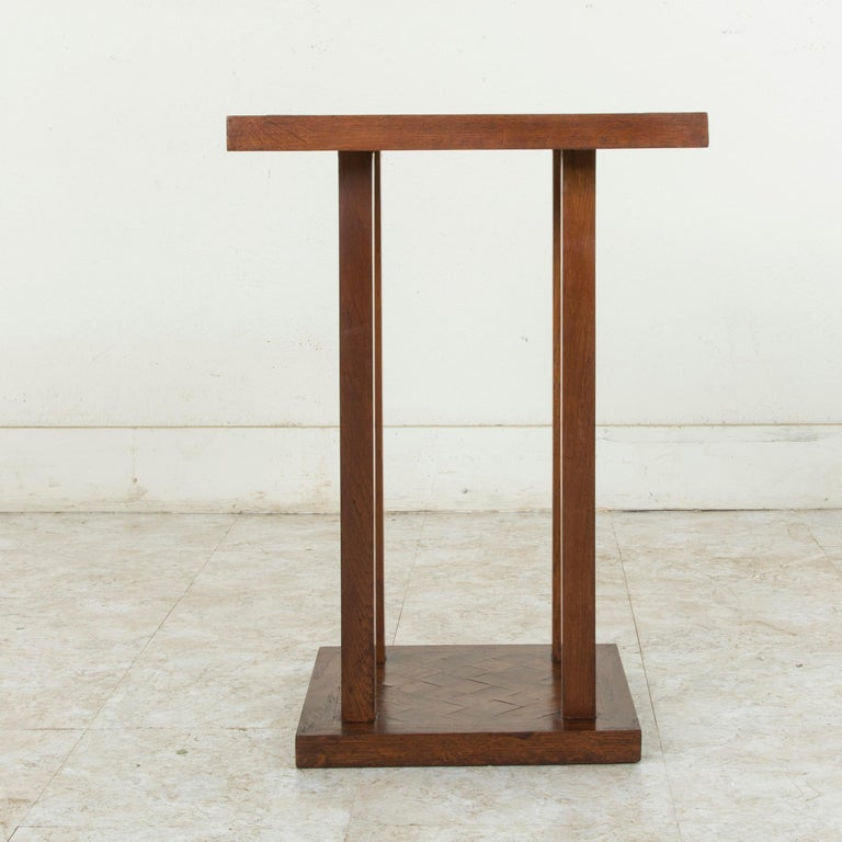 Mid-20th Century French Square Oak Marquetry Side Table or End Table In Good Condition For Sale In Fayetteville, AR