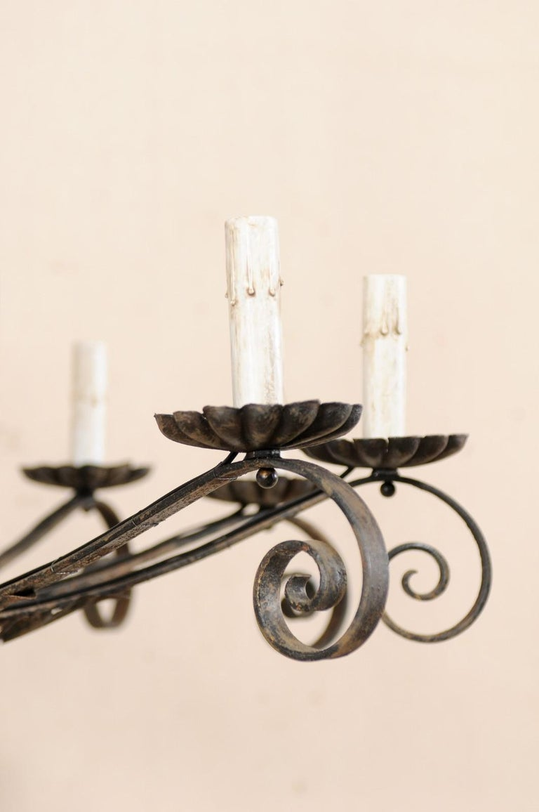 Mid-20th Century French Ten-Light Iron Chandelier For Sale 4