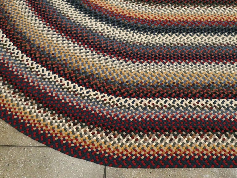 Mid-20th Century Handmade American Braided Large Oval Carpet For Sale 2