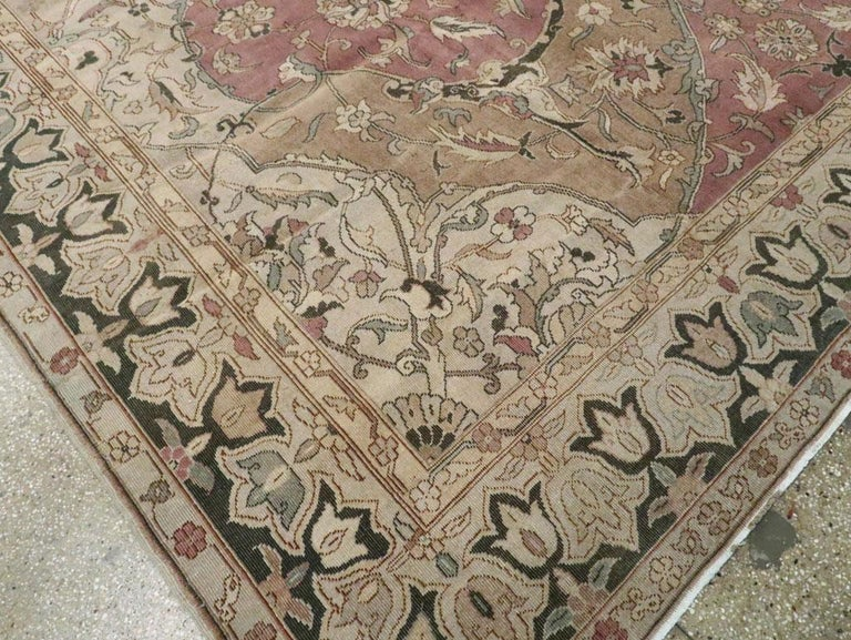 Mid-20th Century Handmade Indian Lahore Room Size Carpet, circa 1930 For Sale 3