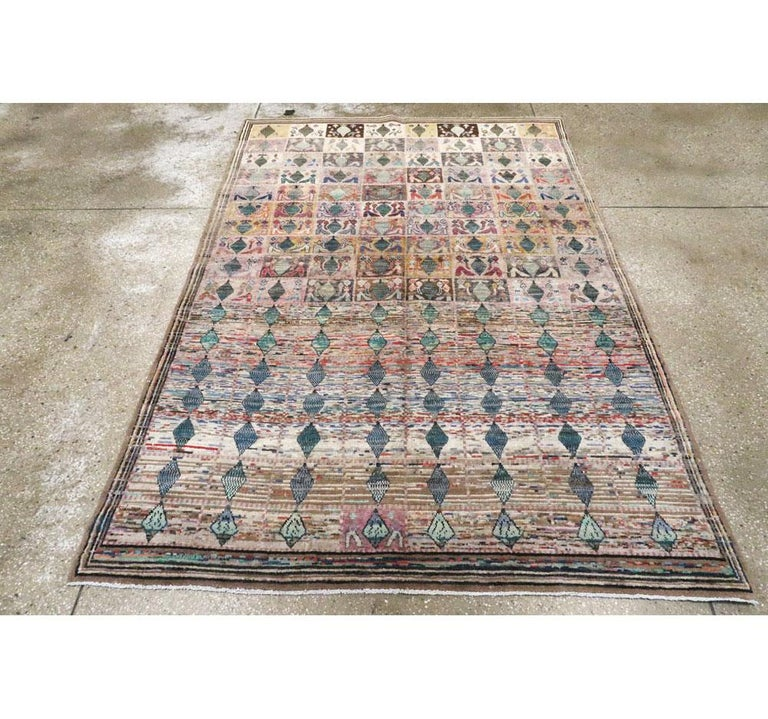 Mid-20th Century Handmade Persian Kashan Small Room Size Accent Rug In Excellent Condition For Sale In New York, NY