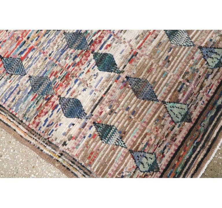 Mid-20th Century Handmade Persian Kashan Small Room Size Accent Rug For Sale 3