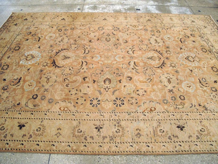 Mid-20th Century Handmade Persian Mashad Room Size Accent Rug For Sale 2