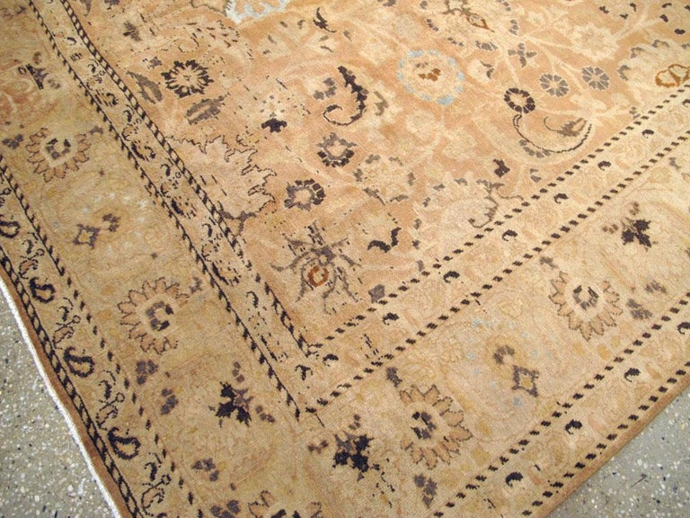 Mid-20th Century Handmade Persian Mashad Room Size Accent Rug For Sale 3